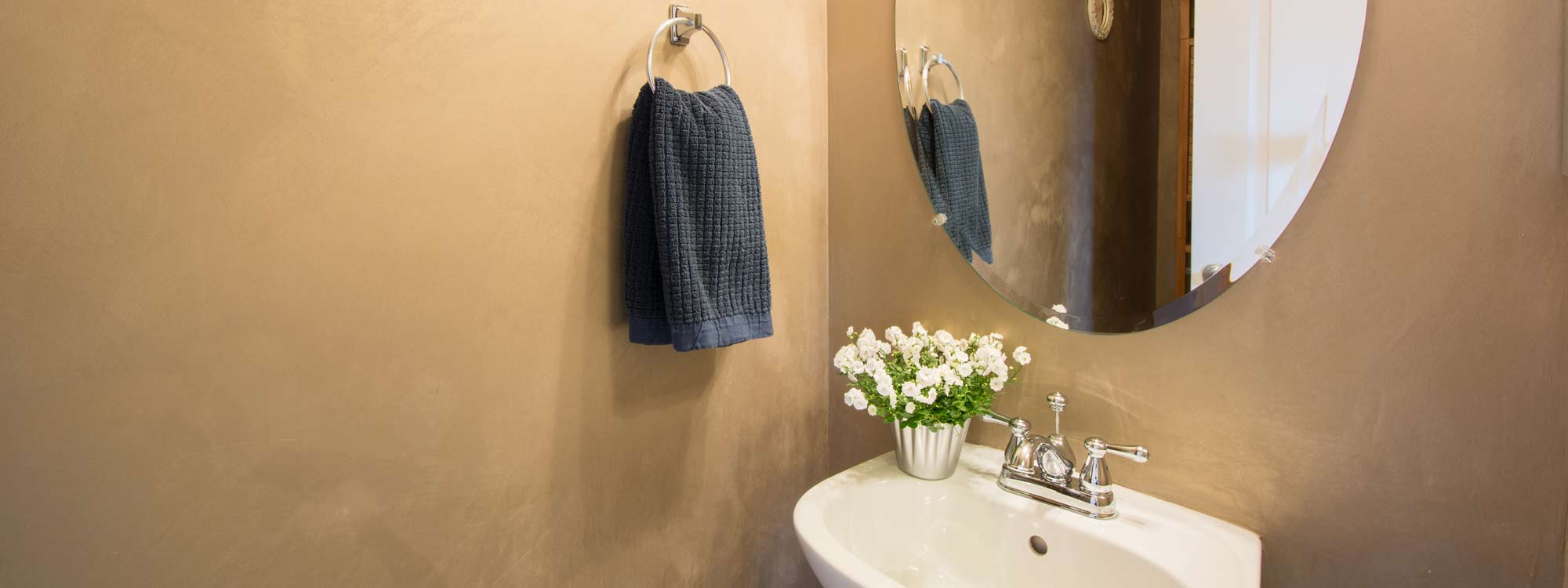 Powder Room - Real Estate Photography